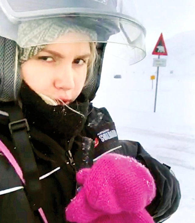 Aleyna Tilki kaza geçirdi