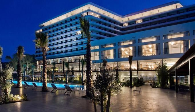 Trabzon'da5 yıldızlı VİP otelle milyonluk daireler arasında kepçe krizi!