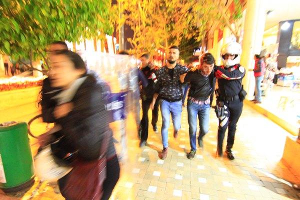 Referandum itirazına polis gözaltısı 1