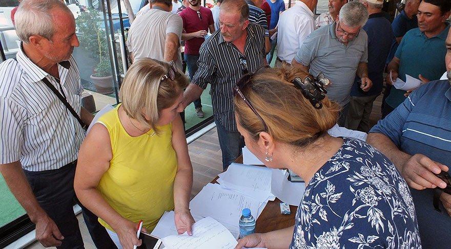 MHP'de deprem! 2 bin kişi istifa etti