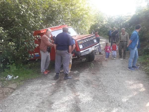 Rize'de öğrencileri taşıyan kamyonet devrildi: 25 yaralı