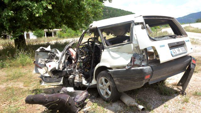 Feci kaza: Aynı aileden 6 kişi öldü