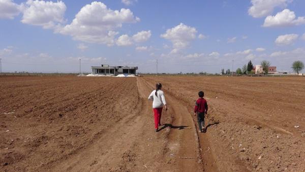 Suriyeli işçiler küçük çocuğa kazma kürekle işkence yaptı! 8