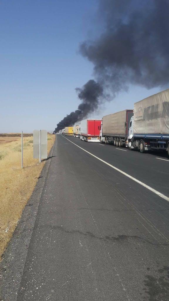 Tanker ile yolcu otobüsü çarpıştı!.. Ölü ve yaralılar var!