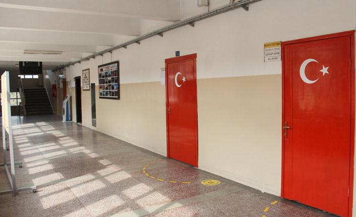 Trabzon Ticaret Lisesi mezunları buluştu