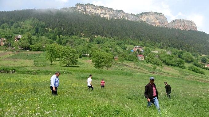 Trabzonlular 'gök taşı' aradı