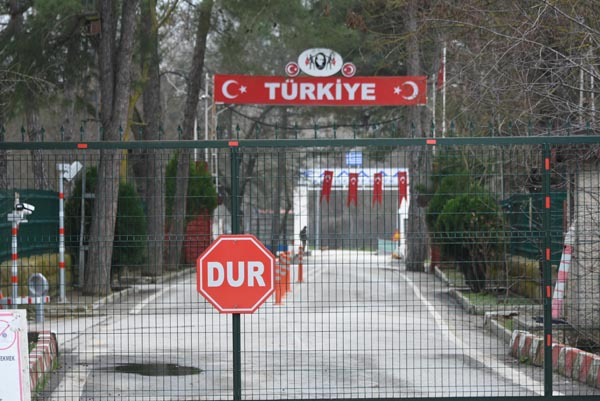 Yunanistan sınırında akılalmaz olay!