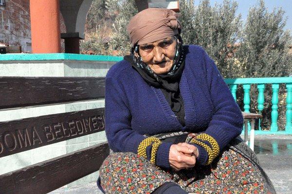 Yaşlı kadına cami nöbeti cezası verildi
