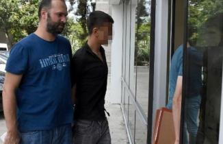 2 Lira yüzünden iki kardeş bıçaklandı