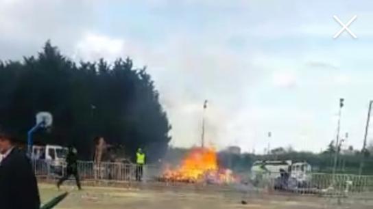 Paris'te karnavalda patlama!