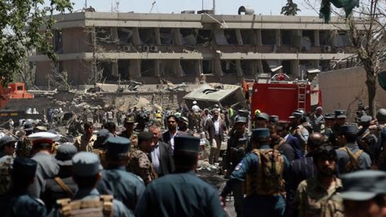 Afganistan'da bombalı araçla saldırı - 54 kişi öldü
